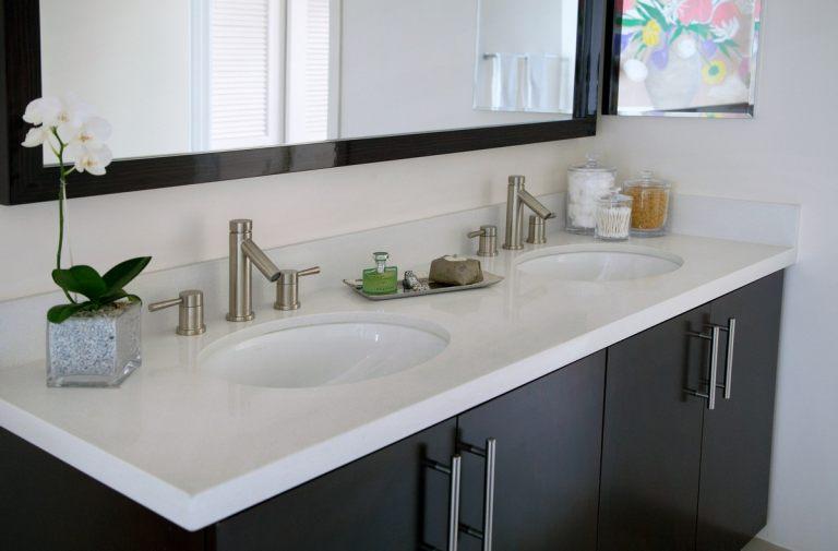 Avenue_Apartment_Bathroom2